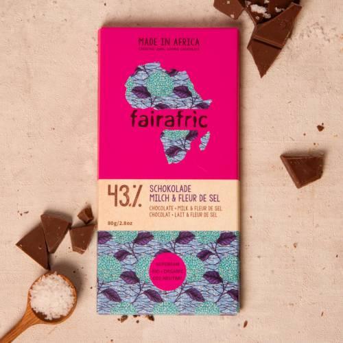 fairafric 43% Schokolade mit Milch und Fleur de Sel - Bio+Tree-To-Bar
